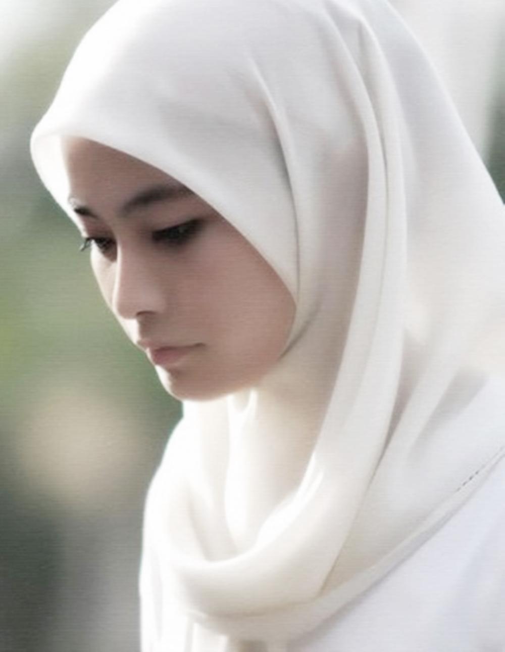 8 Alasan Kita Harus Tetap Setia Sama Jilbab Segi Empat Meski