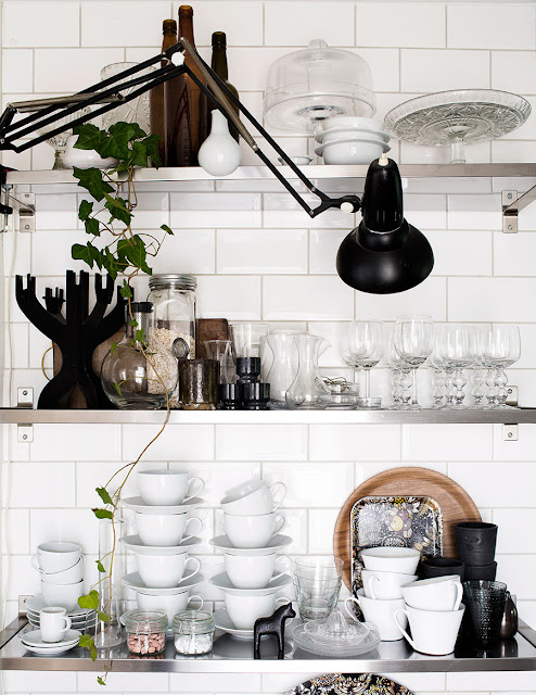 rustic-modern-interior-design-beautiful-kitchen-stainless-shelves-open-farmhouse-slow-living