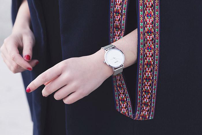 montre argentée
