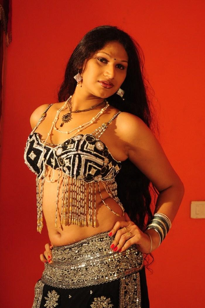 Best of reshma 16 hot videos 1 hr 19 min - 2 10