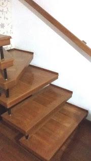 Degrau de Escada revestido com madeira