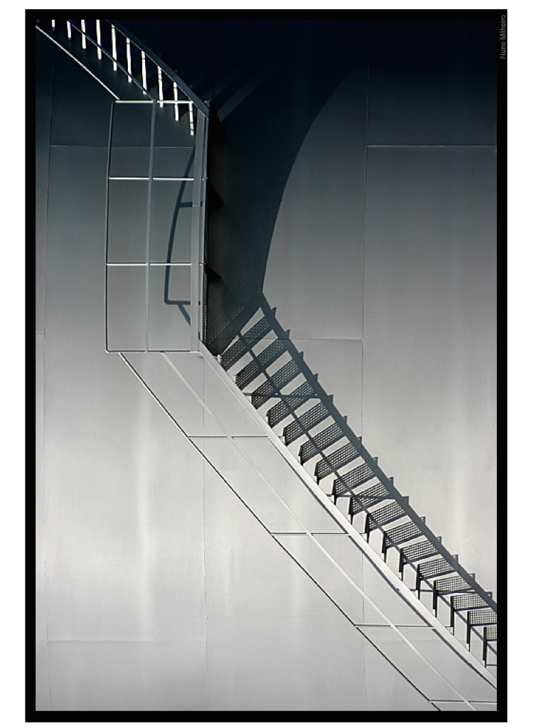 Shadow Gap Staircase Lighting: Light And Shadow Pictures
