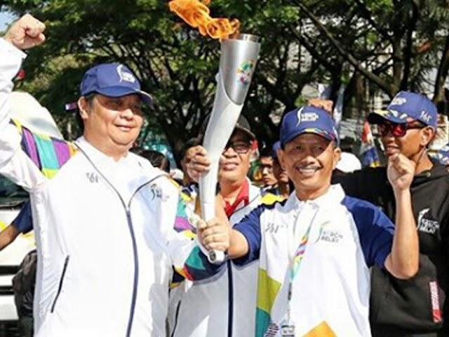 Kirab Obor Asian Games 2018 di Bandung Gelorakan Semangat Juara