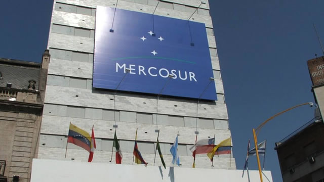 "Mercosur expresa ""categórico rechazo"" a violencia en Parlamento venezolano"