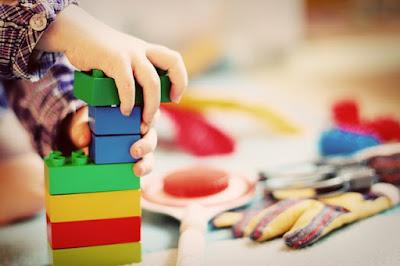 mengajarkan anak dengan cara menyenangkan