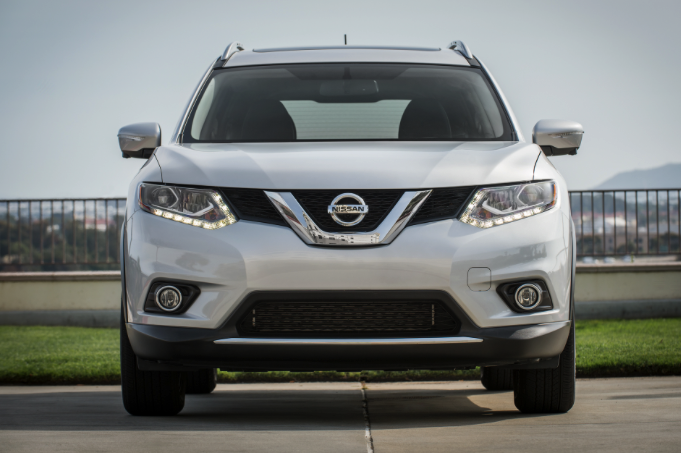 first driver nissan rogue awd review and release car and driver review. Black Bedroom Furniture Sets. Home Design Ideas