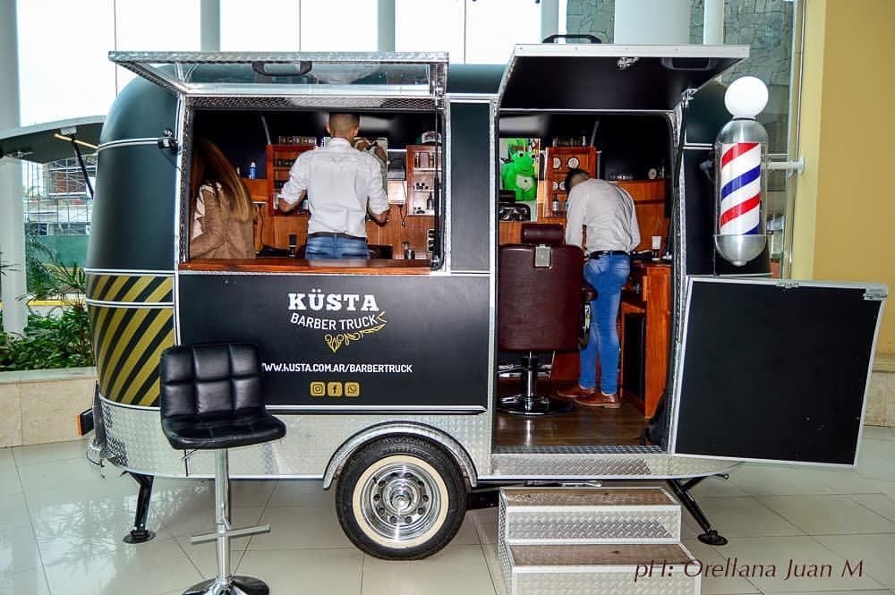 Küsta Barber Truck, la primera y única barbería y peluquería móvil de Argentina