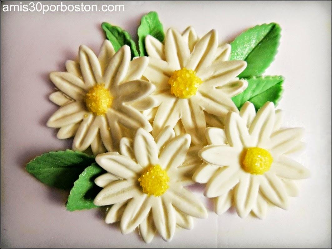 Curso 3 de Decoración Wilton: Flores de Fondant y Pasta de Goma