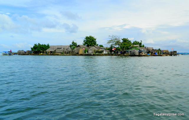 Cominidade do povo Kuna no Arquipélago de San Blas, Panamá (Kuna Yala)