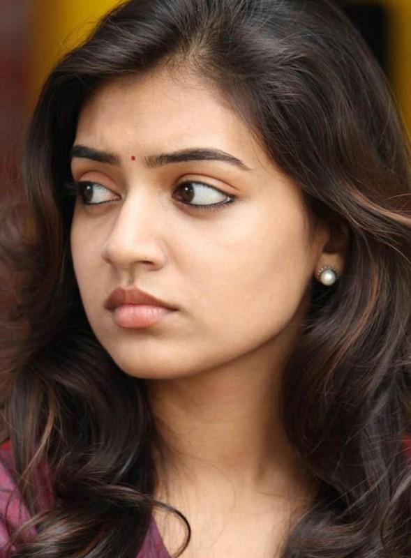Cute Wallpaper In Twitter Cute Actress Nazriya Nazim Latest Cute Stills