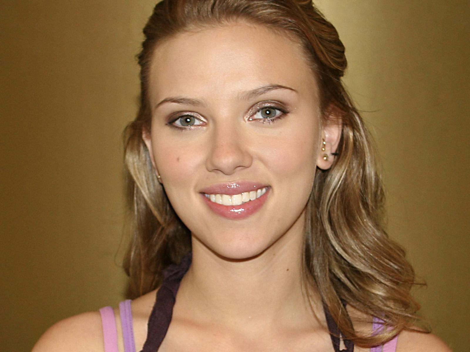 Scarlett Johansson Wallpaper: G 1988 Beasts And Beauty