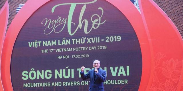 Chủ đề ngày thơ Việt Nam của hội nhà văn VN là