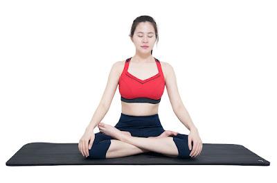 tập luyện yoga hàng ngày