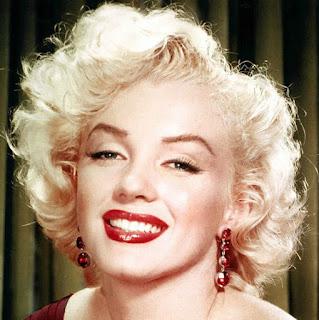 Marilyn 50's Hair