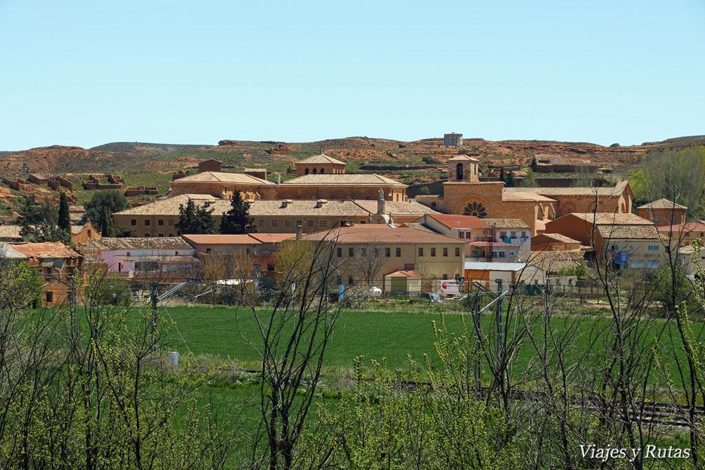El monasterio cisterciense de santa mar a de huerta for Horario piscinas soria 2016