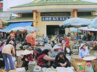 Ky Lua mercato in Lang Son - Vietnam