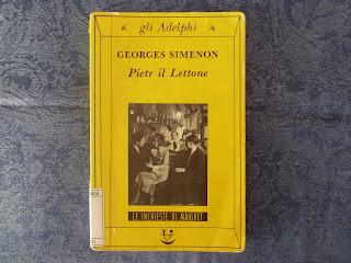 Pietr il lettone georges simenon recensione no spoiler maigret felice con un libro