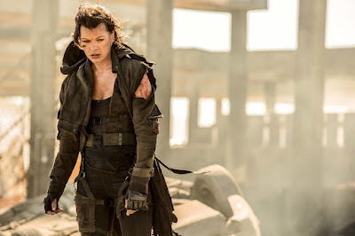 Image of Milla Jovovich in Resident Evil: The Final Chapter (7)