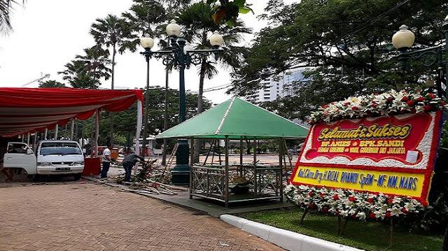 Sampai Minggu Siang, Karangan Bunga untuk Anies-Sandi Hanya Segini..