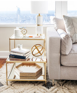 gold side table decorating