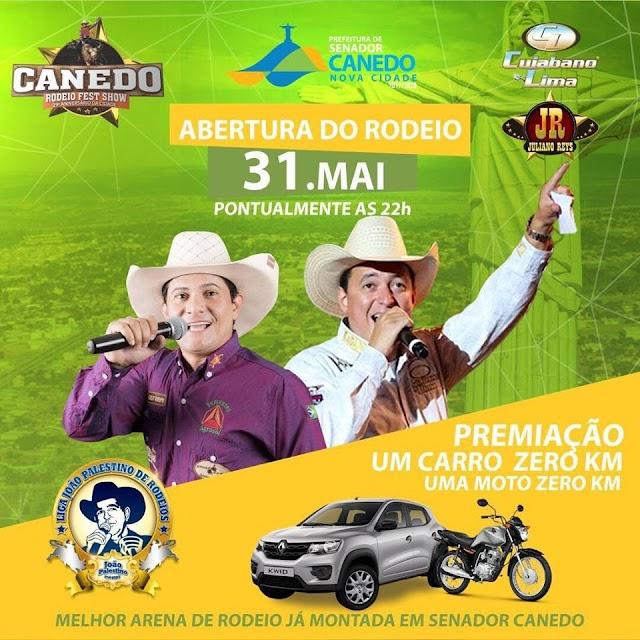 Peões de todo Brasil, disputando um carro e uma moto zero quilômetro no Canedo Rodeio Fest Show