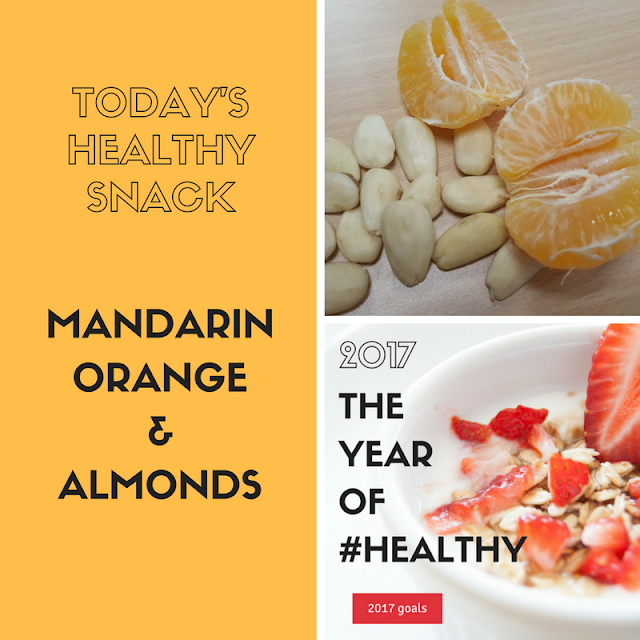 Healthy snack: mandarin orange & almonds