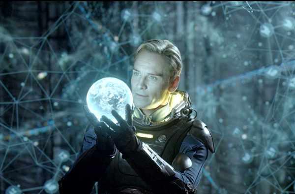 Fassbender - Prometheus 2012