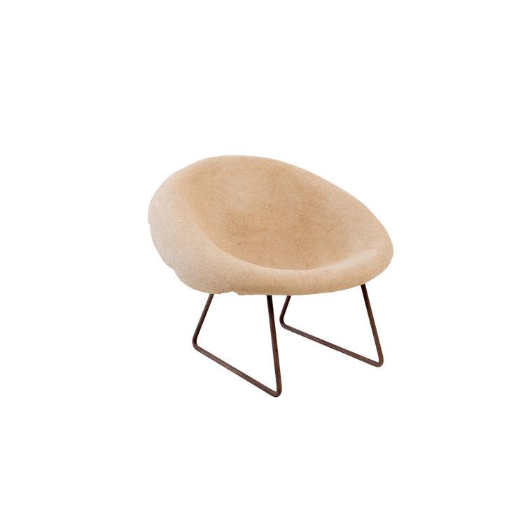 chair-Sossego-modern-Brazilian-design-Domingos-Totora-artist-cardboard