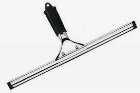 Kreasiku Peralatan Yang Digunakan Di Housekeeping Berserta Kegunaanya