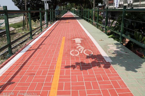 瑞城自行車步道|台中大里草湖溪有愛心的步道|散步賞花觀夕陽