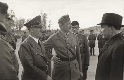Hitler, Mannerheim, y Risto Ryti, presidente de Finlandia entre 1940 y 1944