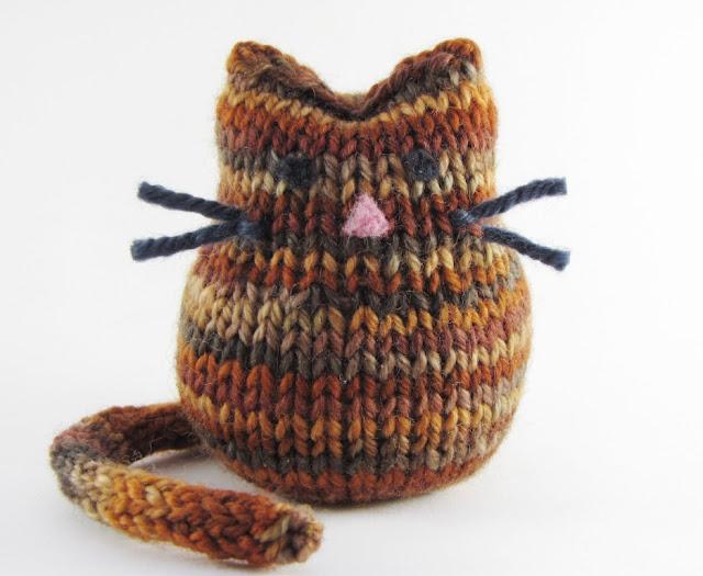 schoenstricken.de | Eule oder Katze?