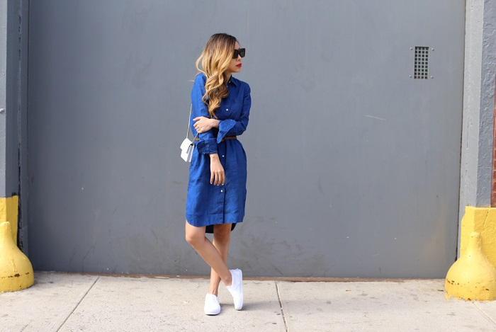 everlane linen shirt dress, everlane stripe tee, multiple ways to wear linen shirt dress, spring essentials, chanel bag, quay sunglasses, 31phillip lim bag, chanel bag, street style, nyc street style