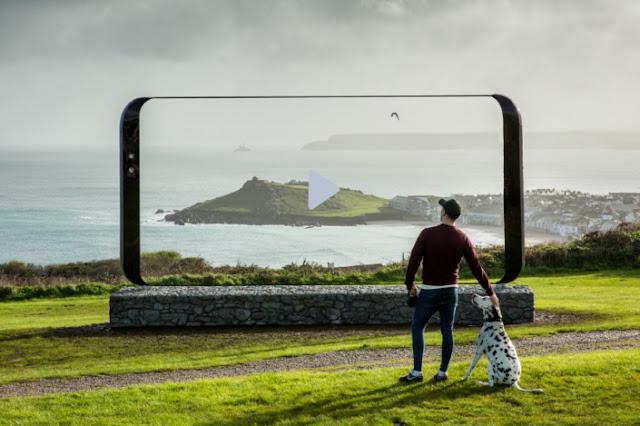 Samsung pone un Galaxy S8 gigante en 20 de los lugares mas bellos de gran bretaña