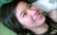 คลิปหลุดทางบ้านเย็ดแฟนสาว เพื่อนยืนถ่ายคลิปอยู่ข้างๆเสียงไทยชัดเจน