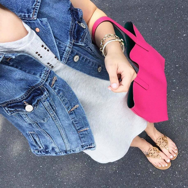 tory burch sandals, pink tote