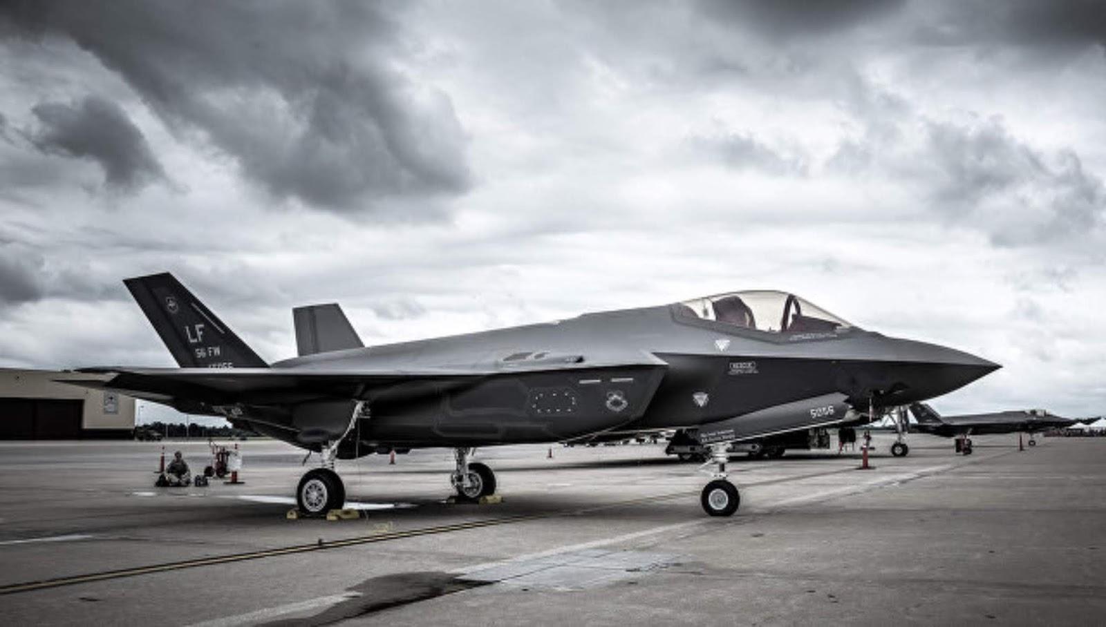 Jepang ingin membeli 20 pesawat F-35B untuk kemungkinan penyebaran pada kapal induk