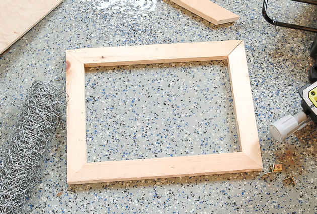 Cut wood for DIY photo clipboard