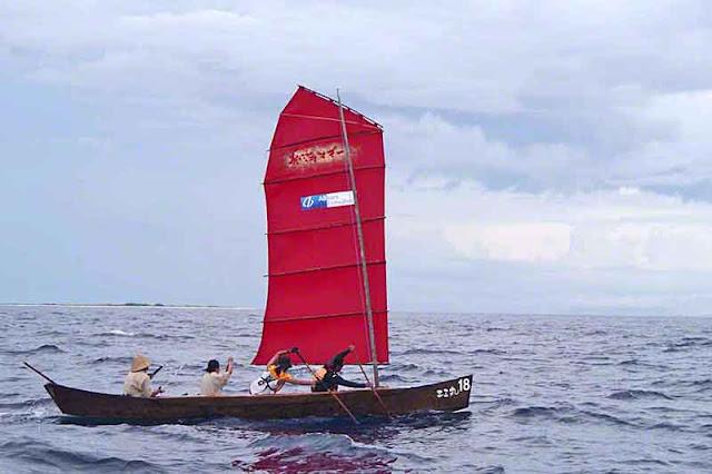 Number 18, sabani, sailing, paddling