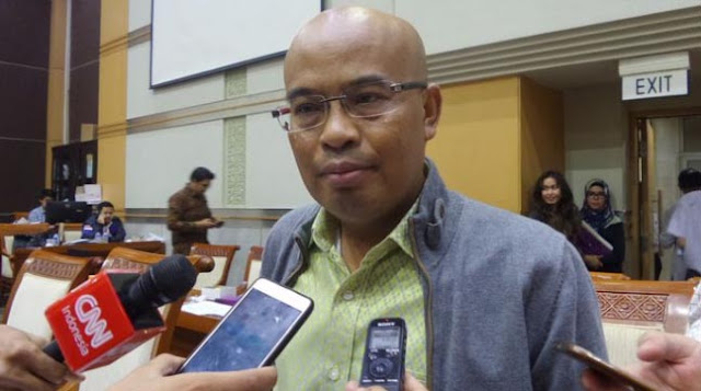 Wakil Ketua Komisi III DPR RI Desmon J Mahesa