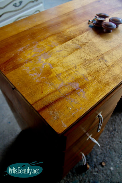 beat up old vintage pine desk given bohemain makeover BEFORE diy blogger