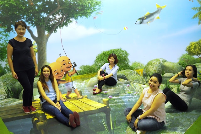 Posing With The Girls In Another 3D Wall Art