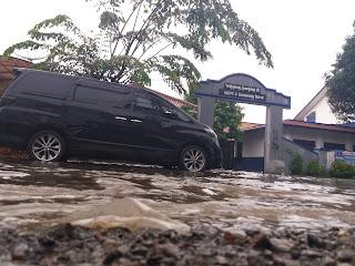 Hujan Satu Jam, Karawang Banjir