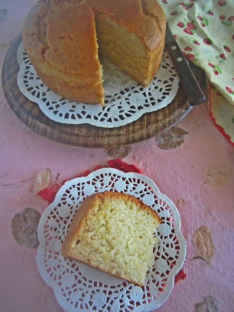 Basic Eggless Vanilla Cake | Eggless Cake Recipes