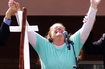 Kim Davis feels the intoxicating effects of God's love
