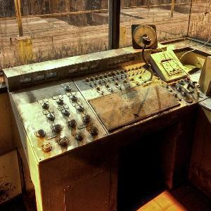 Gamesbold Abandoned Control Room Escape