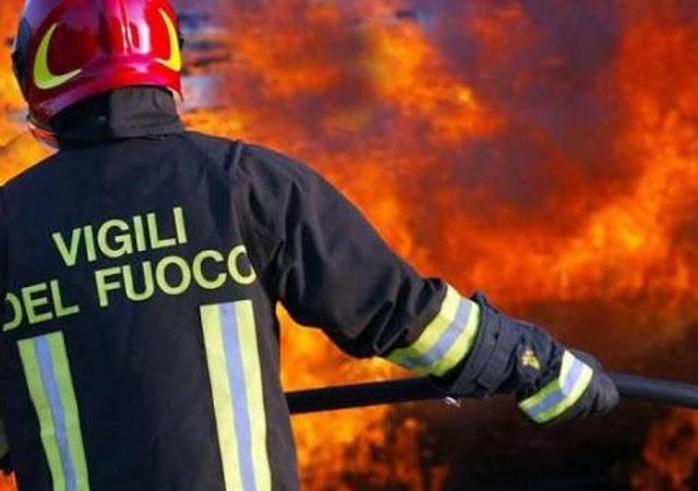vigile-del-fuoco-volontario-incendio-san-donato