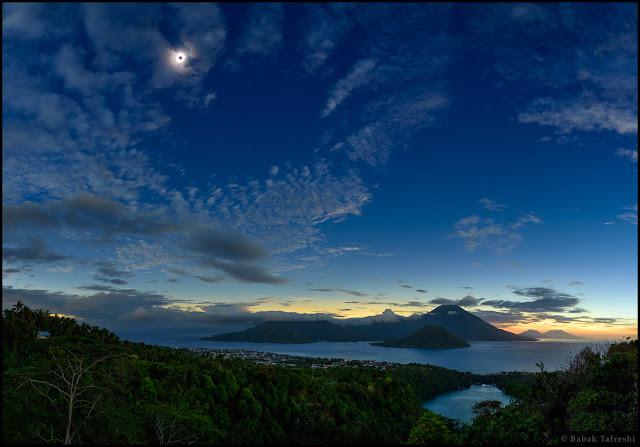 gerhana matahari total dari maluku Indonesia