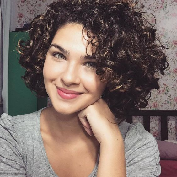 Women's Cute Short Curly Hairstyles for 2017 Spring #hair #hairstyles #haircolor