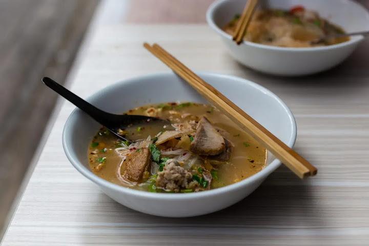 Куай тиеу — тайский суп с лапшой
